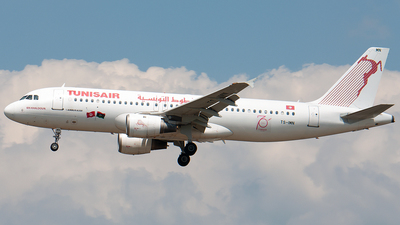TS-IMN - Airbus A320-211 - Tunisair