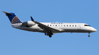 N427ZW - Bombardier CRJ-200ER - United Express (Air Wisconsin)