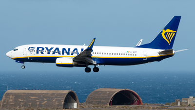 A picture of EIEFE - Boeing 7378AS - Ryanair - © Pablo Gonzalez de Leon