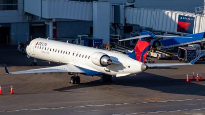 A picture of N804SK - Mitsubishi CRJ900LR - Delta Air Lines - © Davin Amy