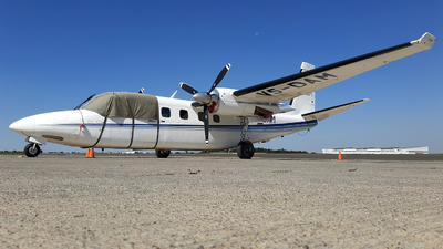 V5-DAM - Rockwell 695A Jetprop 1000 - Desert Air