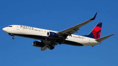 N824DN - Boeing 737-932ER - Delta Air Lines