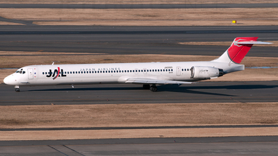JA006D - McDonnell Douglas MD-90-30 - Japan Airlines (JAL)