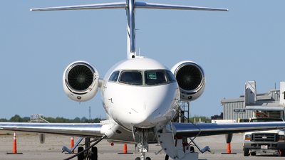 C-FXGO - Bombardier BD-100-1A10 Challenger 300 - Chartright Air