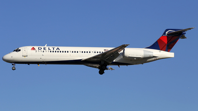 N920AT - Boeing 717-231 - Delta Air Lines