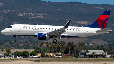 N296SY - Embraer 170-200LR - Delta Connection (SkyWest Airlines)