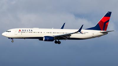 N910DU - Boeing 737-932ER - Delta Air Lines