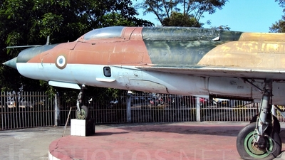 C719 - Mikoyan-Gurevich MiG-21 Fishbed - India - Air Force