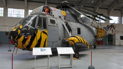 XV712 - Westland Sea King HAS.6 - United Kingdom - Royal Navy