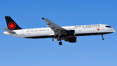 A picture of CFGKN - Airbus A321211 - Air Canada - © Aaron Miles