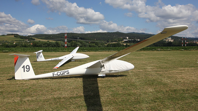 F-CGPS - Schempp-Hirth Cirrus - Private