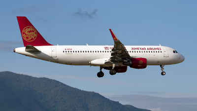 B-8235 - Airbus A320-214 - Juneyao Airlines