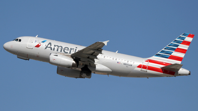 N805AW - Airbus A319-132 - American Airlines