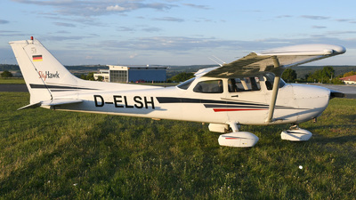 D-ELSH - Cessna 172S Skyhawk SP - Private