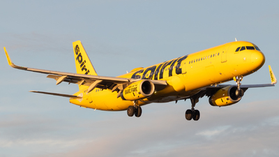 A picture of N660NK - Airbus A321231 - Spirit Airlines - © Davin Amy