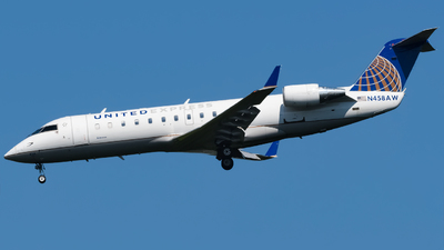 N458AW - Bombardier CRJ-200ER - United Express (Air Wisconsin)