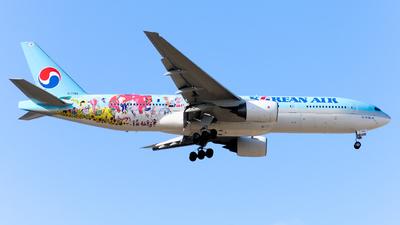 HL7766 - Boeing 777-2B5(ER) - Korean Air