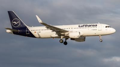 A picture of DAIWH - Airbus A320214 - Lufthansa - © vwmatze