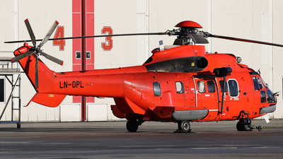 LN-OPL - Aérospatiale AS 332L1 Super Puma - CHC Norway