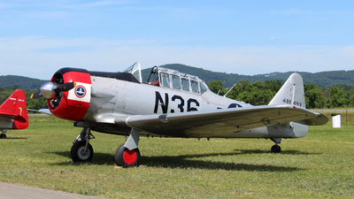 N36 - North American AT-6 Texan - Private