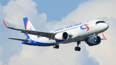 VP-BRZ - Airbus A320-251N - Ural Airlines