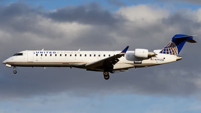 N792SK - Bombardier CRJ-701 - United Express (SkyWest Airlines)