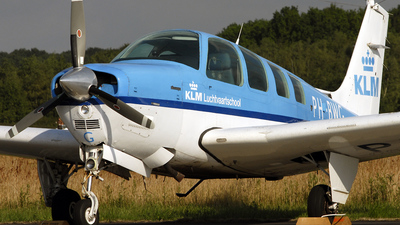PH-BWG - Beechcraft A36 Bonanza - KLM Flying School
