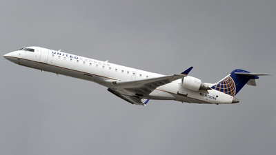 N730SK - Bombardier CRJ-701 - United Express (SkyWest Airlines)