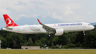 A picture of TCLST - Airbus A321271NX - Turkish Airlines - © Claude Davet