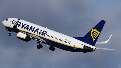A picture of EIDWP - Boeing 7378AS - Ryanair - © John Fitzpatrick