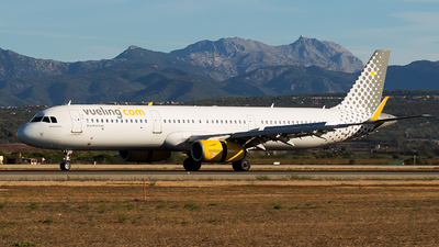 A picture of ECMPV - Airbus A321231 - Vueling - © Aitor Martinez Nieves