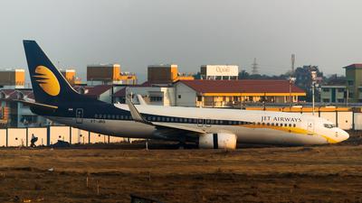 VT-JBG - Boeing 737-85R - Jet Airways