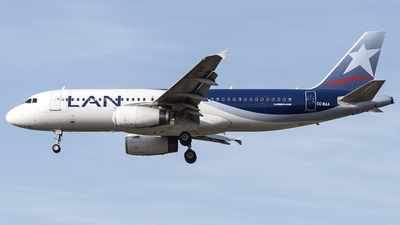 CC-BAA - Airbus A320-233 - LAN Airlines