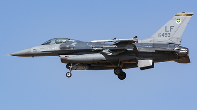 88-0493 - General Dynamics F-16C Fighting Falcon - United States - US Air Force (USAF)