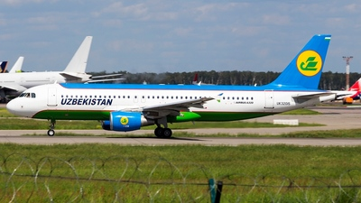 UK-32015 - Airbus A320-214 - Uzbekistan Airways