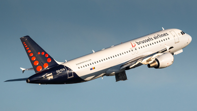 OO-TCQ - Airbus A320-214 - Brussels Airlines
