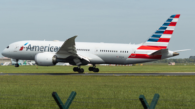 A picture of N810AN - Boeing 7878 Dreamliner - American Airlines - © Jonathan L - Skies of Pearl