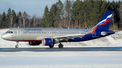 VP-BKP - Airbus A320-214 - Aeroflot