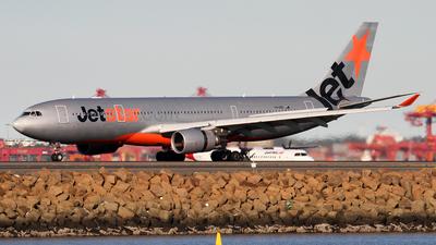 VH-EBD - Airbus A330-202 - Jetstar Airways