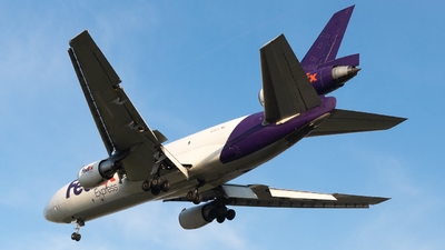 A picture of N318FE - McDonnell Douglas MD1030F - FedEx - © Gregory Granovski