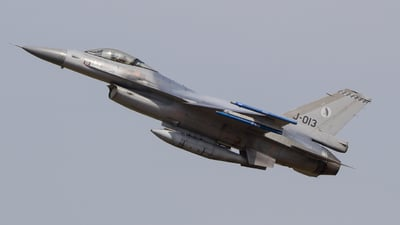 J-013 - General Dynamics F-16AM Fighting Falcon - Netherlands - Royal Air Force