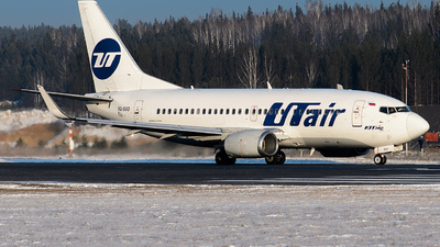 VQ-BAD - Boeing 737-524 - UTair Aviation