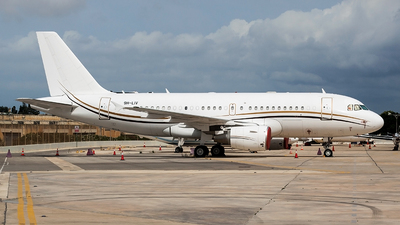 9H-LIV - Airbus A319-115(CJ) - Comlux Aviation Malta