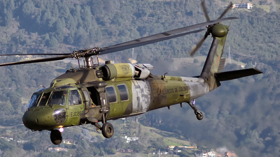 EJC-2183 - Sikorsky UH-60L Blackhawk - Colombia - Army