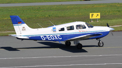 D-EOXC - Piper PA-28-181 Archer III - FMG - FlightTraining