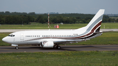 T7-CVG - Boeing 737-505 - Private