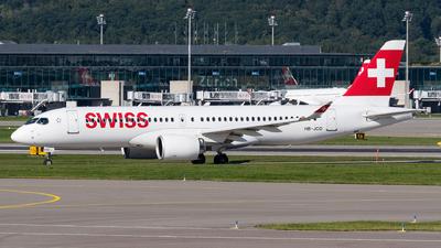 A picture of HBJCO - Airbus A220300 - Swiss - © Julian Mittnacht