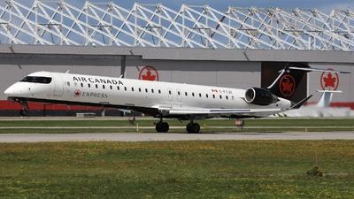 A picture of CFTJZ - Mitsubishi CRJ900LR - Air Canada - © Hongyu Wang