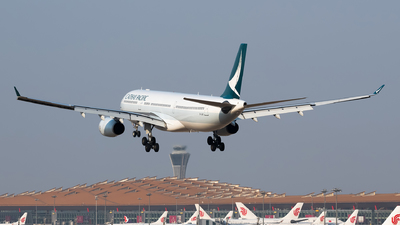 A picture of BLBC - Airbus A330343 - Cathay Pacific - © Song Yingqi