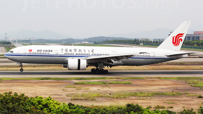 B-2067 - Boeing 777-2J6 - Air China